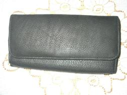 Wilson's Leather Women's Wallet - Snap close - Clutch Credit